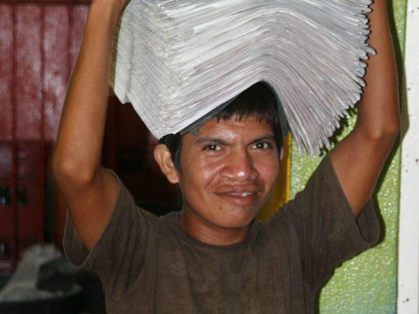 Kranten dragen
