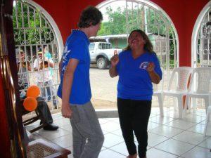 ook Jonathan danst